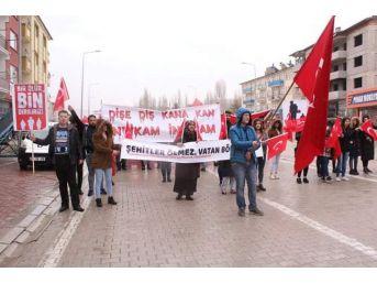 Öğrencilerden Mehmetçiğe Destek Yürüyüşü
