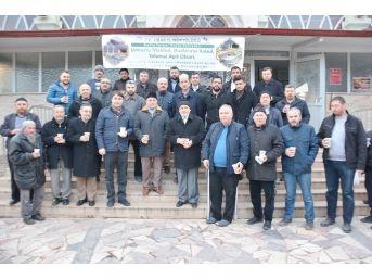 Uşak Üniversitesi İslami İlimler Fakültesi Dekanı Prof.dr. Hüseyin Yaşar ;
