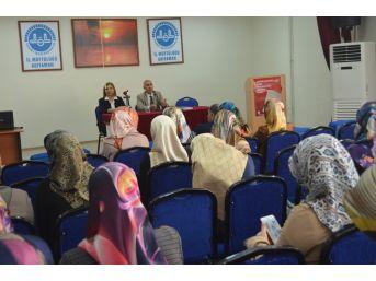 """Kur'an Kursu Öğreticilerine """"akılcı İlaç Kullanımı"""" Konulu Eğitim"""