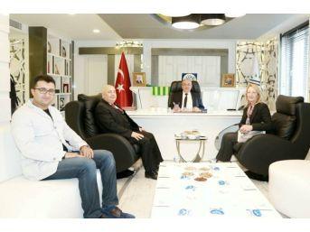 Yök Üyesi Prof. Dr. Dedeoğlu Kutlu'yla Bir Araya Geldi