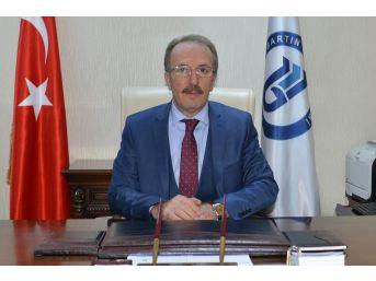 Rektör Uzun'dan 'istiklal Marşı' Mesajı
