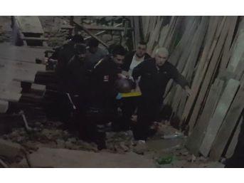 Hamam Çalışanı İşyeri Sahibini Kalbinden Bıçaklayarak Öldürdü