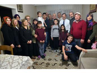 Başkan Ataç Vatandaşları Evlerinde Ziyaret Ediyor