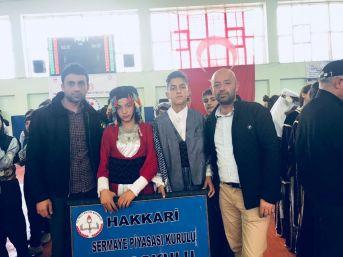 Hakkari Spk Okulu Halk Oyunları Ekibi Türkiye Finaline Gidiyor