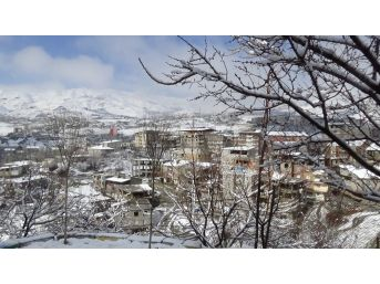 Hakkari'de Kar Sürprizi