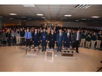 Organize Sanayi Bölgesi Teknik Koleji'nde Çanakkale Zaferi Ve İstiklal Marşının Kabulü Etkinlikleri Düzenlendi