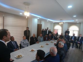 Milletvekili Erdem Malatya'da Muhtarlar İle Bir Araya Geldi