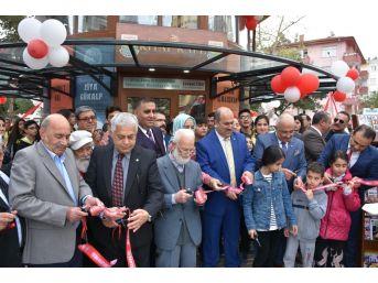 Tarsus'ta Kitap Kafe Açıldı