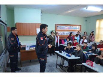 Öğretmen Ve Öğrencilere Afet Ve Acil Durum Eğitimi