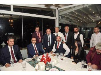 Vali Demirtaş, Dizi Ve Sinema Filmi Ekipleriyle Bir Araya Geldi