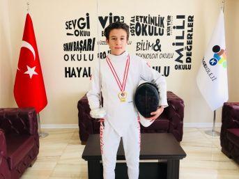 Emir Akal Türkiye Birincisi
