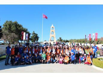 İstanbul Ve Çanakkale'ye Giden Öğrenciler Kars'a Döndü