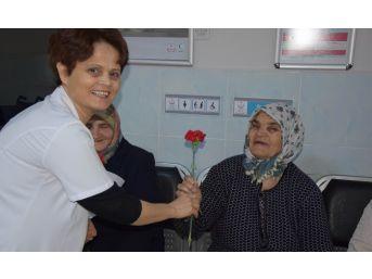 Pınarhisar Devlet Hastanesinde 'yaşlılara Saygı Haftası' Çalışması