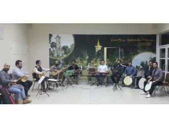 İzmit Kent Orkestrası Kahramanlık Türkülerini Seslendirecek