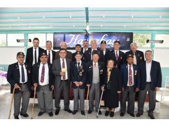 Başkan Tokat, Yaşlı Vatandaşlarla Buluştu