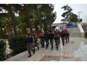 Muğla'daki İzinsiz Kazıda 5 Kişi Suçüstü Yakalandı