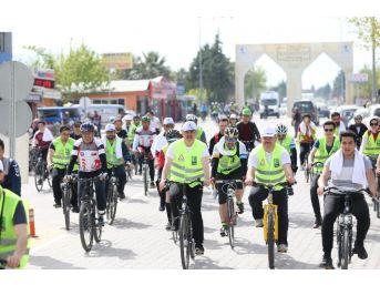 Yeşil Bisiklet Turu Karahayıt'ta Yapıldı
