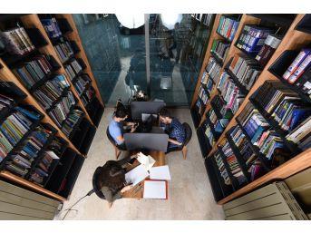 İşte Türkiye'nin En Farklı 2 Kütüphanesi