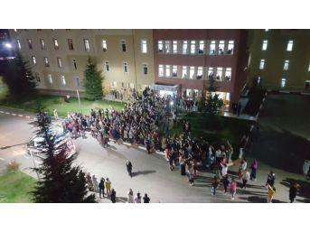 Tokat'ta, Üniversite Öğrencilerinden Protesto Eylemi