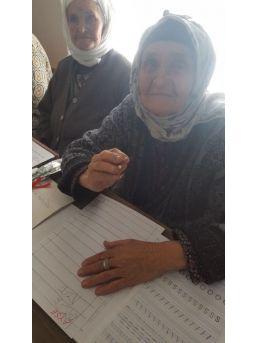 91 Yaşında Okuma Yazma Öğrendi