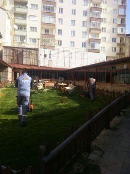 Seydişehir Belediyesi Çim Biçme Çalışmalarına Başladı