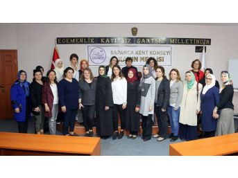 Sapanca'nın İlk Kadın Meclisi Kuruldu