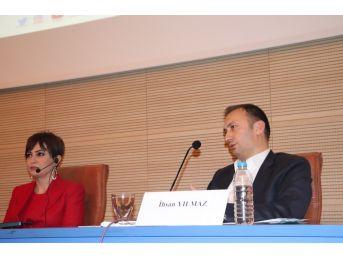 """Uşak Üniversitesinde """"gazetecilik Günleri"""" Etkinliği Sona Erdi"""