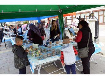 Didim'de Velilerden Afrin Şehitlerinin Ailelerine Örnek Duyarlılık