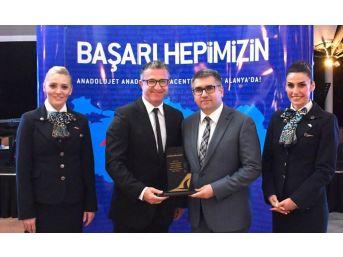 Anadolujet, 2017 Yılının En Başarılı Acentelerini Ödüllendirdi