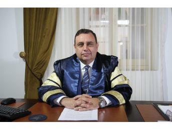 """Prof. Dr. Özgöker, """"piyasanın İhtiyacına Uygun Eğitim Modelini Benimsiyoruz"""""""