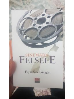 """sinemada Felsefe"" Raflarda"