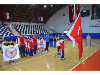 Okullararası Basketbol Yarı Final Müsabakaları Başladı