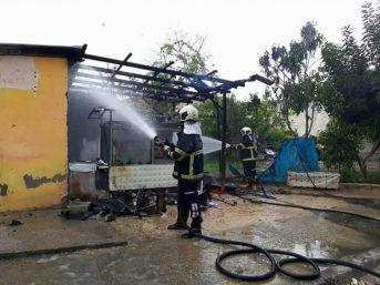 Ceyhan'da Buhar Kazanı Patladı: 1 Yaralı
