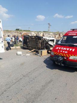 Didim'de Trafik Kazası; 4 Yaralı