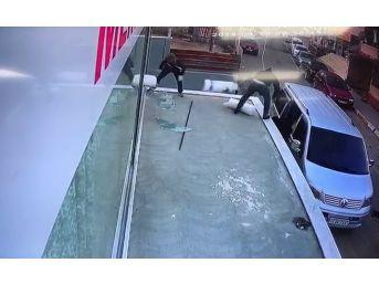 (özel Haber) 45 Bin Değerindeki Tül Hırsızlığı Kamerada
