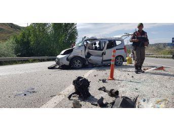 Tosya'da Trafik Kazası: 1 Ölü, 4 Yaralı