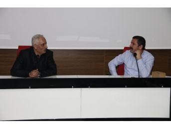 Erü'de Derrida Konferansı