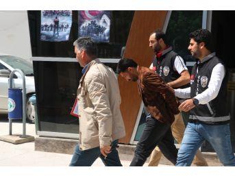 Tornavida İle Girdikleri Evlerden 27 Bin Tl'lik Altın Çalan 3 Hırsız Yakalandı