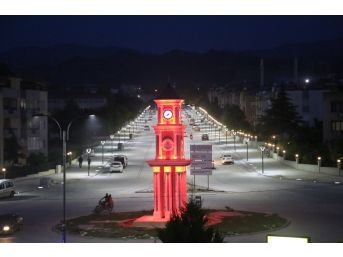 Turgutlu'nun Fatih Caddesi Yepyeni Bir Kimliğe Büründü