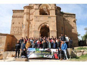 Mehmetçik'e Van'ın Tarihi Ve Kültürel Değerleri Tanıtılıyor