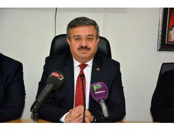 Ak Parti Afyonkarahisar İl Başkanı Yurdunuseven'in Basın Toplantısı