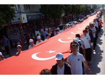 103'üncü Yıl Anısına 103 Metrelik Dev Türk Bayrağı