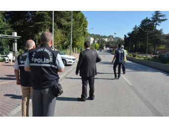 Bilecik'te 320 Şahıs Ve 40 Araç Sorgulandı