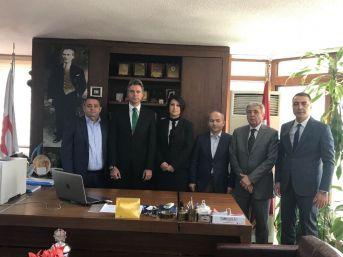 İzmir Kızılay'ın Yeni Yönetimi Göreve Başladı