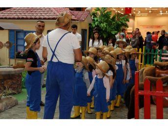 Çocuklar 23 Nisan'da Doyasıya Eğlendi