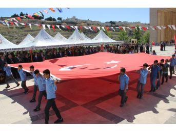Şanlıurfa'da 23 Nisan 10 Ülkeden Öğrencilerin Katılımıyla Kutlandı