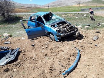 Gürün'de Trafik Kazası 4 Yaralı