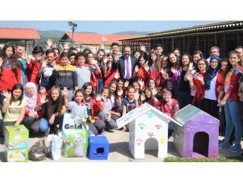 23 Nisan Ortaokulu'ndan Hayvan Barınağına Ziyaret