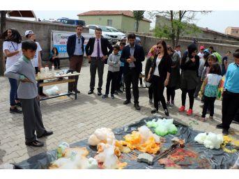 Yenifakılı'da Bilim Fuarı Şenliği Yapıldı
