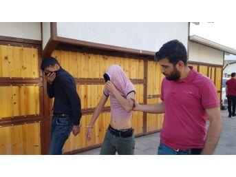 Tespih Hırsızları Tutuklandı